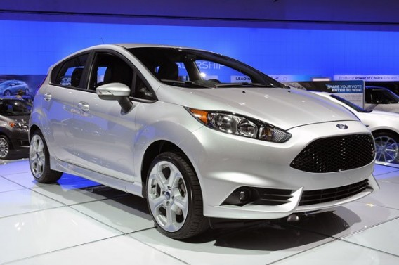 konkurenty-pejo-308-2014-ford-focus
